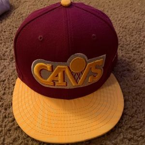 New Era Cleveland Cavaliers fitted hat. Size 7 3/8